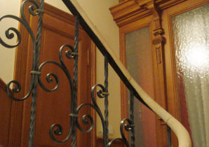 Holzmalerei an Tür